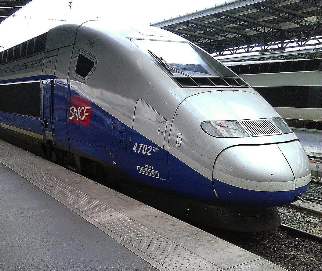Gare_SNCF_de_Paris-Est_recent888